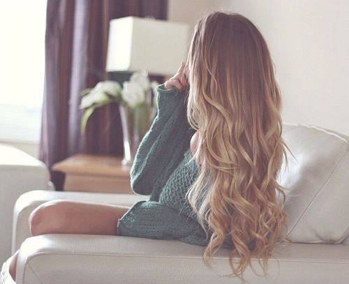automn, beatiful, blonde, christmas, comfortable, comfy, cozy, curls, cute, fall, fashion, flowers, girl, green, green sweater, hair, holiday, home, lazy day, long, longhair, lovely, pretty, snow, snowflakes, snowy, sweater, windy, winter, xmas