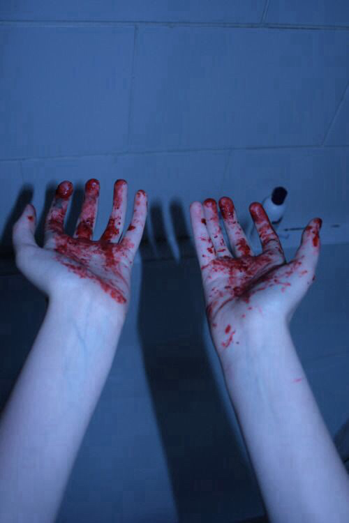 awesome, blog, blood, bloody, cool, dark, girl, grunge, hand, hands, heart, pain, photo, photography, red, tumblr, vintage, wallpaper