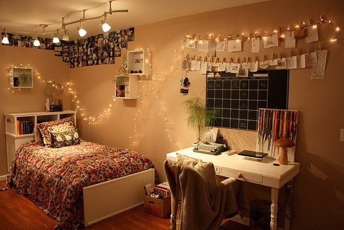 Cute bedroom image 2263719 by lady d on for Cute girly rooms