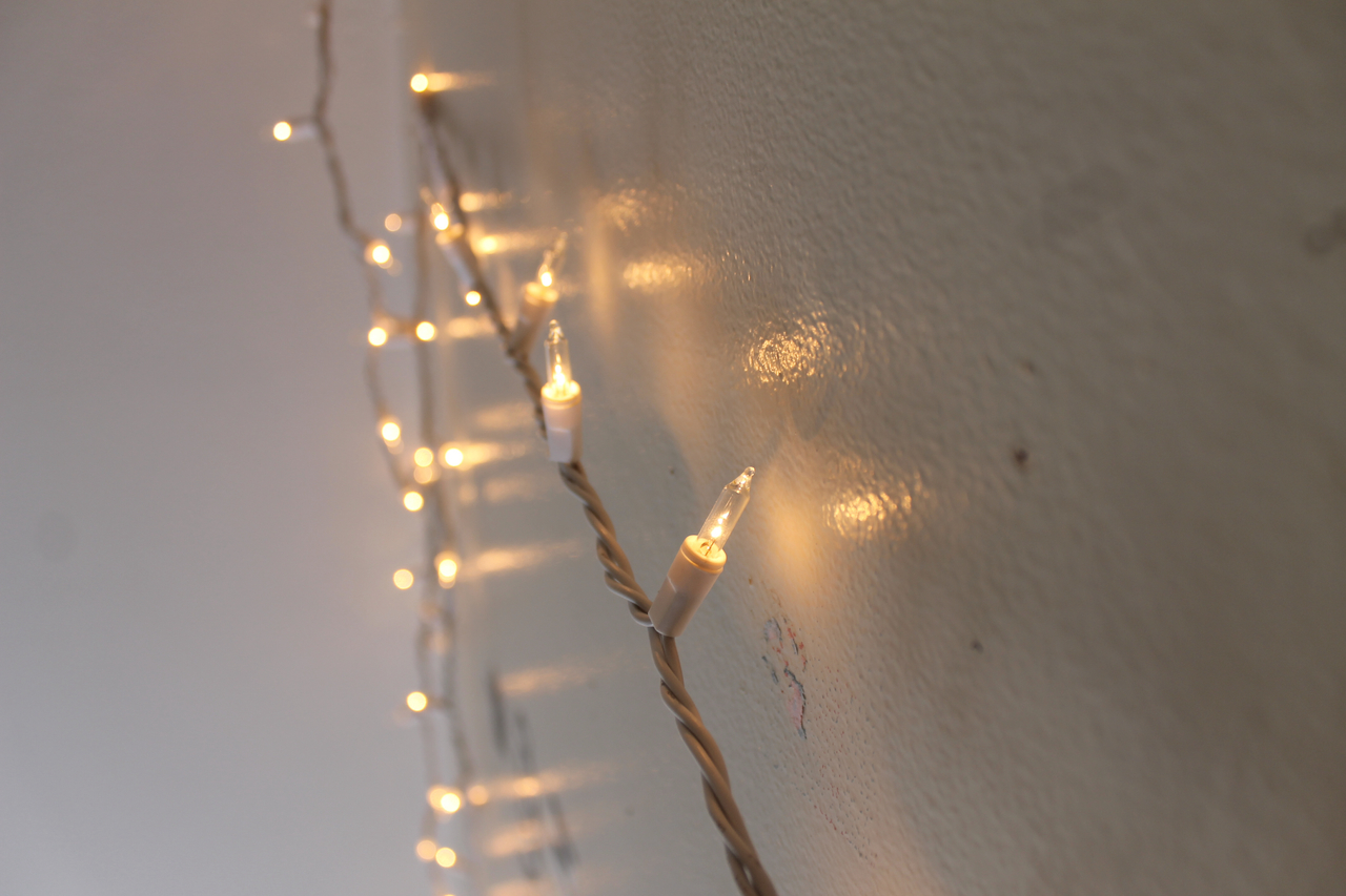 christmas, fairy lights, lights, tumblr, white, tumblr room ...