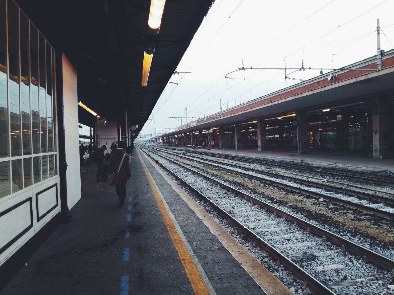 alone, beautiful, classic, dark, everything, grunge, indie, italy, lovely, mine, pale, perfect, photography, road trip, sad, train station, university, verona, winter, new friends, bad thoughts