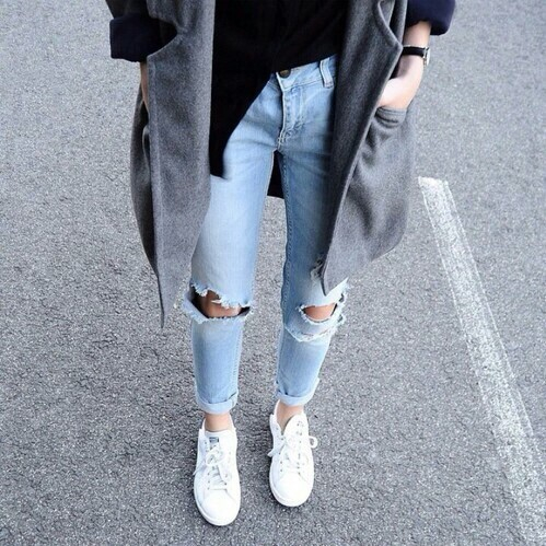 cardigan, clothes, coat, converse, denim, denim jeans, fashion, girl, girly, jeans, legs, lifestyle, mode, outfit, ripped jeans, shoes, street, streetstyle, style, tumblr, vacantion