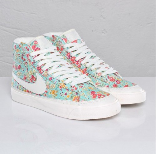 brand new 28ab7 66425 cute, floral, girly, green, hightops, mint, mint green, nike, nike shoes,  nikes, pastel, pink, pretty, shoes, tumblr, white