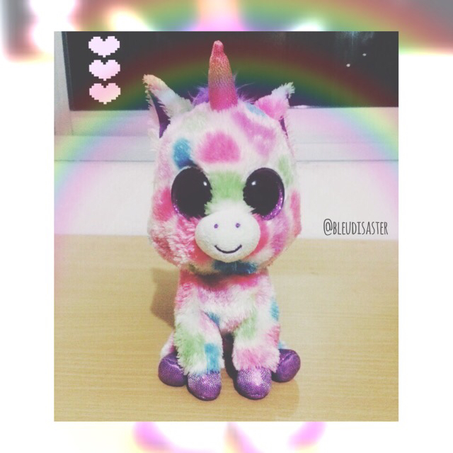 A 34208960 together with Mobile Wallpapers moreover How To Make A Unicorn Pinata Cake in addition 1767649 additionally Original. on cute unicorn