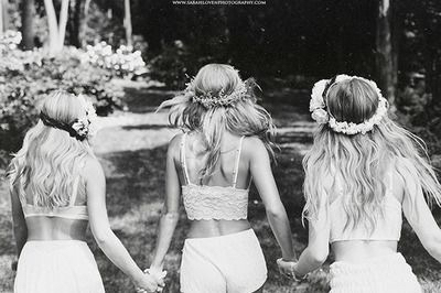 best friends, black and white, boho, cute, flowers, girls, gypsy, indie, photography, summer, tumblr