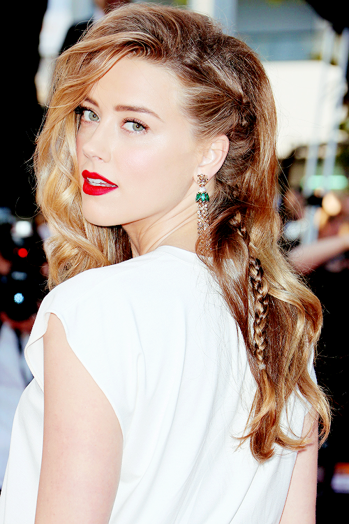 actress, actriz, amber heard, beautiful, blonde, celebrity, famous, girl, green eyes, hair, lips, makeup, perfect, red lips