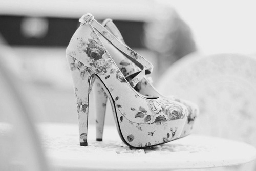 black and white, fashion, girls and heels