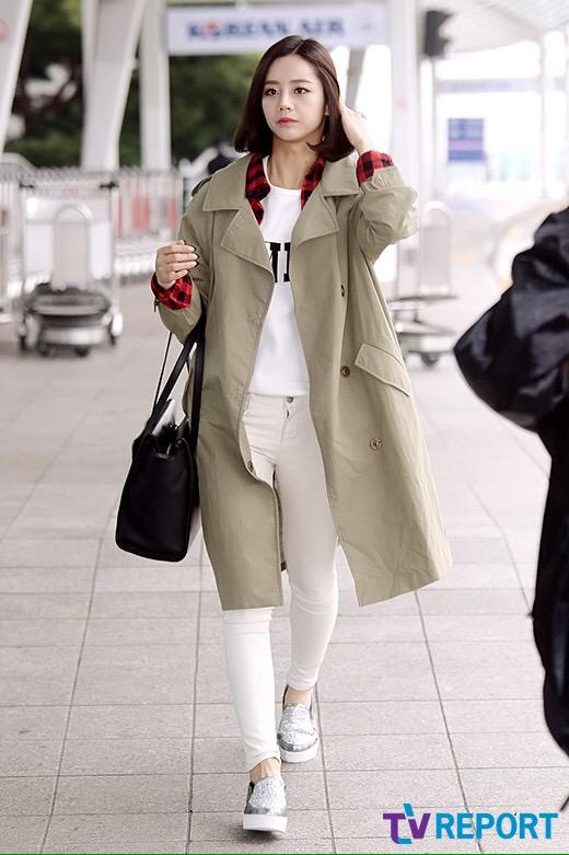 Asian Fashion Girl Girls Day Hyeri Korea Korean Style Airport Style Image 2886918 By