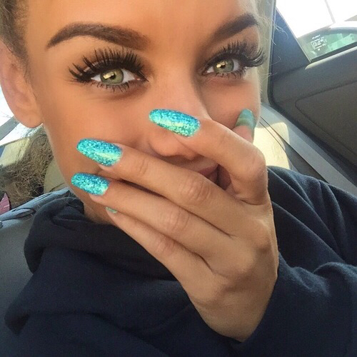 Beach Beauty Blue Eyes Goals Makeup Nails Baddie