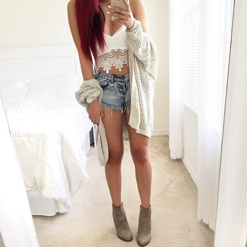 Bag body crop top ehite fashion fit girl hairstyle for Long body mirror