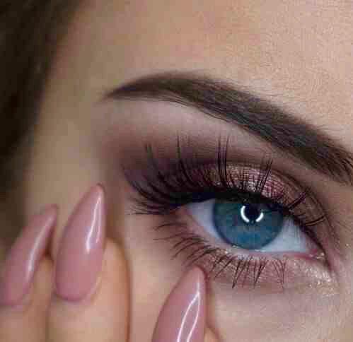 blue eyes, colored eyes, eyebrows and eyes