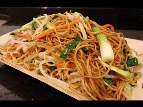 chow mein - image #3160618 by miss_dior on Favim.com