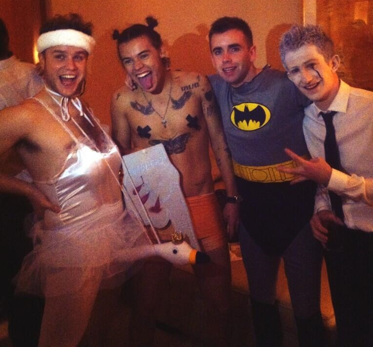 miley cyrus, harrystyles and ️one direction