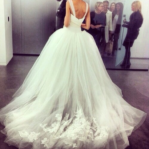 Brand designer dresses fancy fashion trend wedding for Designer brand wedding dresses
