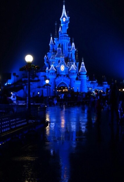 adorable, beautiful, black and white, cool, couple, cute, disney, disney land, dreams, family, france, friends, friendship, happiness, happy, lilo & stitch, love, magic, mickey mouse, movie, paris, pretty, smile, sweet, the lion king, walt disney