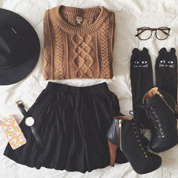 Black skater skirt tumblr