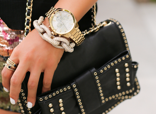 accessoires, bracelet, chanel, chic, clutch bag, fashion, fashionista, futuristic, girl, jewelry, luxury, modern, nails, pearls, ring, shining, skinny jeans, skirt, thousers, watch, wristwatch