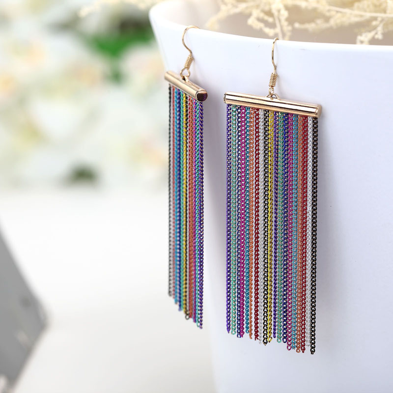 chain earrings, chain fringe earrings, chain linear earrings and chain long earrings