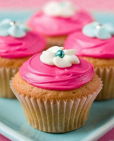 cupcake, cute, design, icing - image #703937 on Favim.