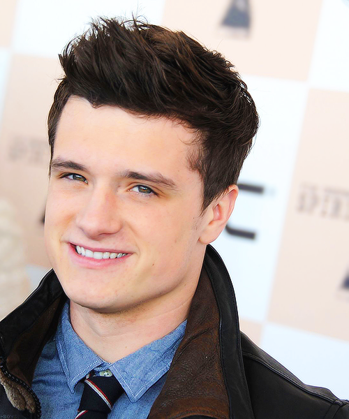 cute  guy  inspiration  josh hutcherson  photoJosh Hutcherson Cute 2013