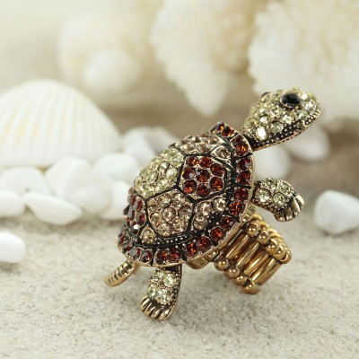 cocktail turtle rings, gold turtle rings, pave turtle rings and rhinestone turtle rings