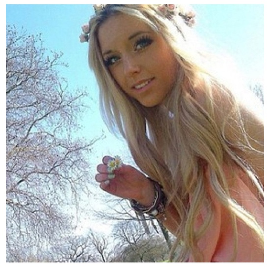 Hot girl with blonde hair join