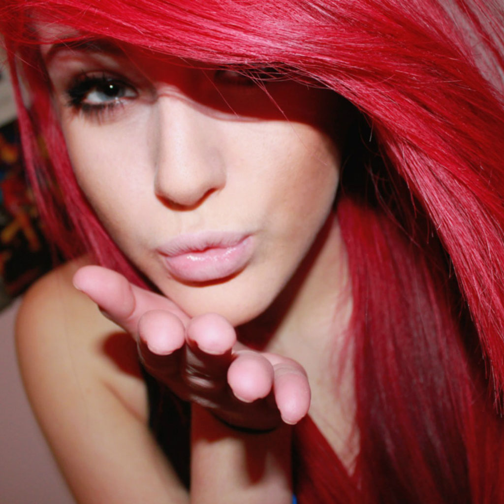 kiss-red-hair-Favim.com-689151.jpg