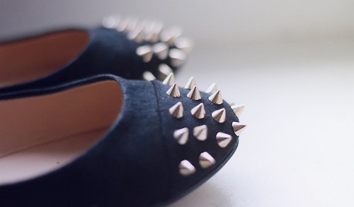 amazing, beautiful, canvas, chic, chill, cool, fashion, flat, futuristic, girl, girly, gorgeous, heels, high heels, leather, marvelous, modern, nice, nieten, phenomenal, prick, prickle, rock, shoes, simple, style, taseful, thorn, wonderful, zara
